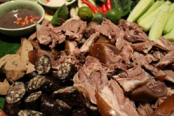 Thịt chó là một trong những món kiêng ăn vào mùng 1